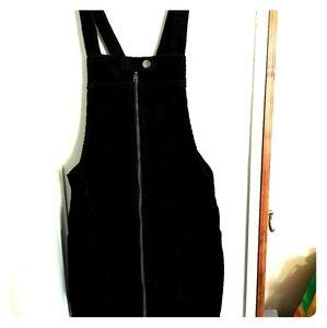 Black corduroi jumper dress!!